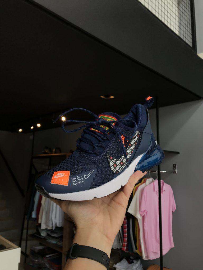 Tênis Nike Air 270 azul