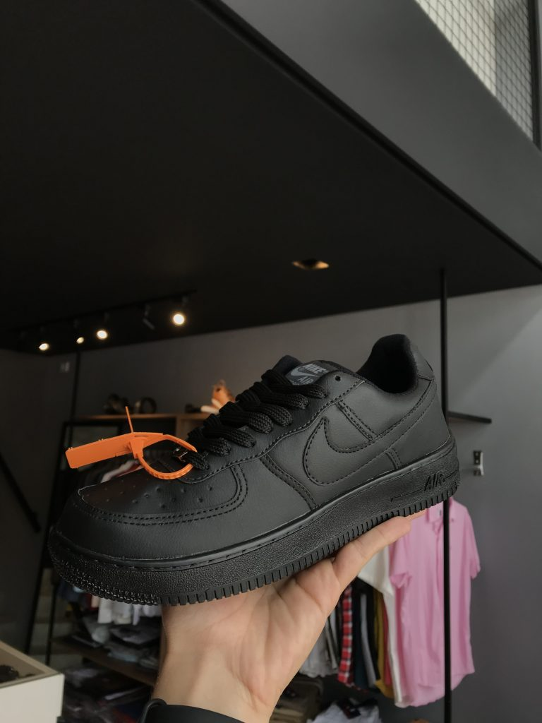 Tênis Nike All Black