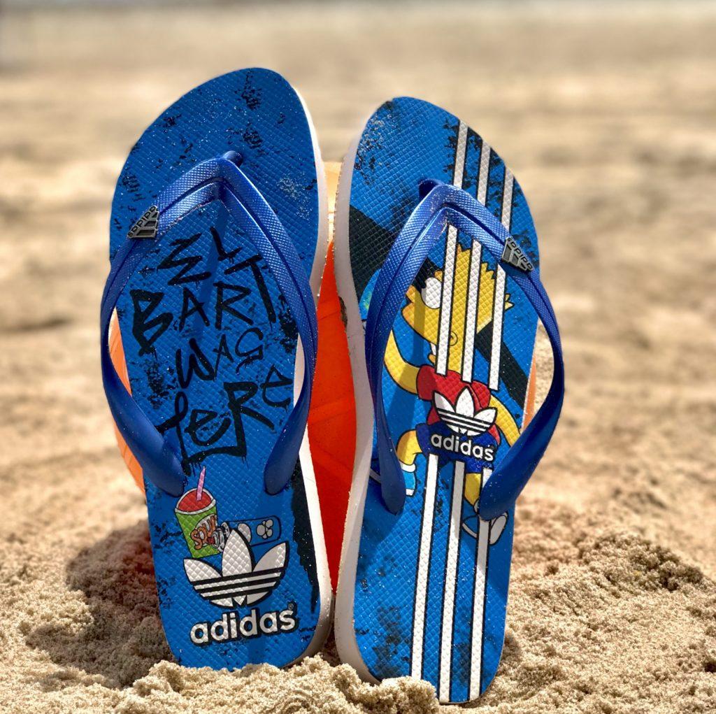 Sandália Adidas azul