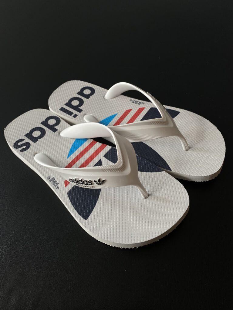 Sandália branca Adidas