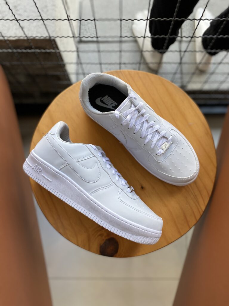 Tenis Esportivo Basico Nike AirForce